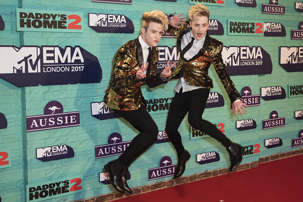 Ирландский поп-дуэт Джедвард до церемонии MTV Europe Music Awards