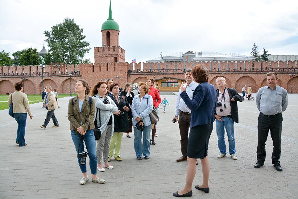 Журналисты из России и Белоруссии во время пресс-тура в Тульскую область