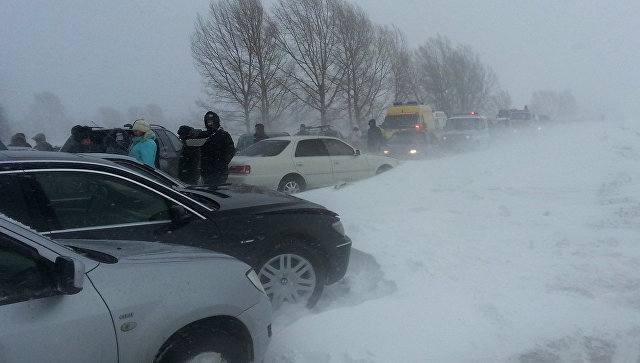Снегопад на трассах. Архивное фото