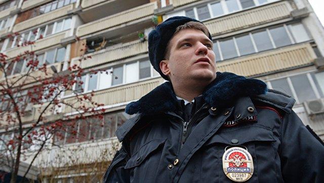 Старший лейтенант полиции Анатолий Арабкин во время планового обхода в Москве