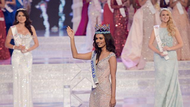 Представительница Индии Мануши Чхиллар, завоевавшая титул Мисс Мира-2017. 18 ноября