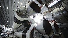 Сборка ракет-носителей Протон в центре имени Хруничева