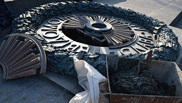 Из-за вандалов Киев установит видеонаблюдение около монументов