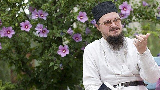 Священник Даниил Сысоев. Архивное фото