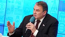 Заместитель председателя Государственной Думы РФ Петр Толстой. Архивное фото