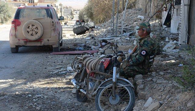 Освобожденный от боевиков ИГ* сирийский город Эль-Карьятейн. Архивное фото
