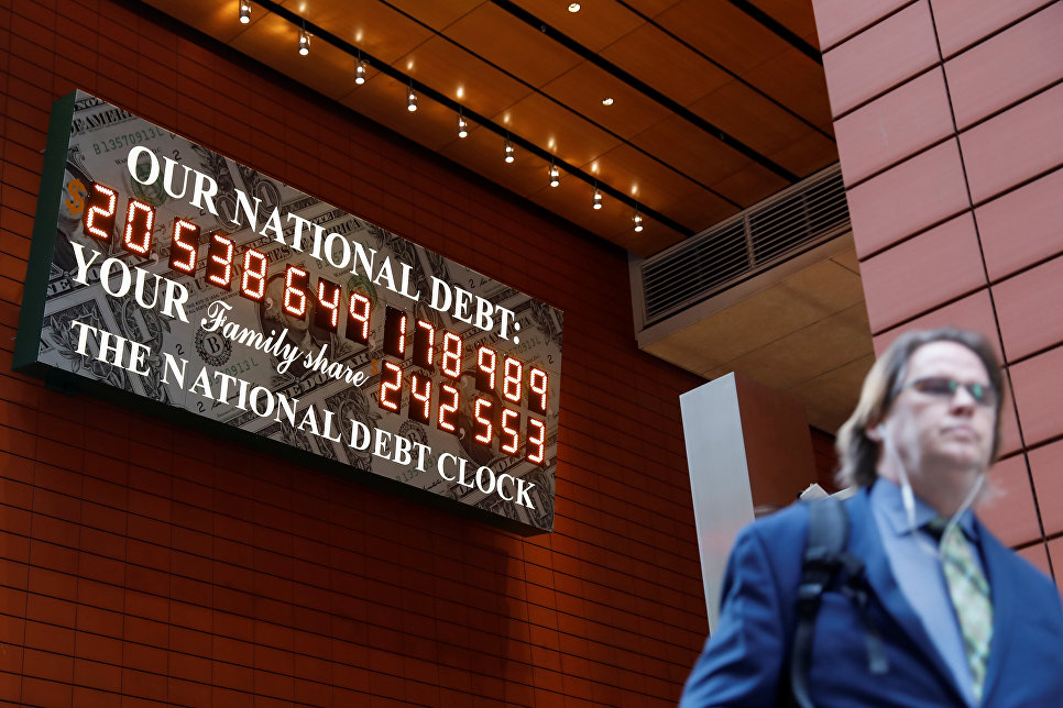 ВНью-Йорке вновь запустили табло, демонстрирующее госдолг США