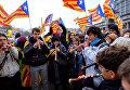 Участники демонстрации каталонцев в поддержку бывшего председателя правительства (женералитета) Каталонии Карлеса Пучдемона в Брюсселе