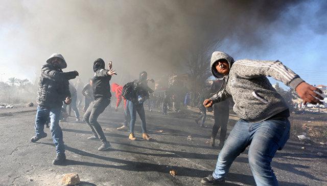 Более тысячи человек пострадали во время протестов в Палестине