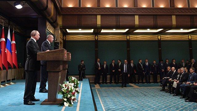 Президент РФ Владимир Путин и президент Турции Реджеп Тайип Эрдоган во время совместного заявления для прессы по итогам российско-турецких переговоров. 11 декабря 2017