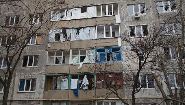 Последствия обстрела Первомайска со стороны ВСУ. Архивное фото