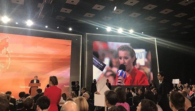 Граждан России взволновал вопрос Собчак Путину опрепятствиях оппозиции навыборах