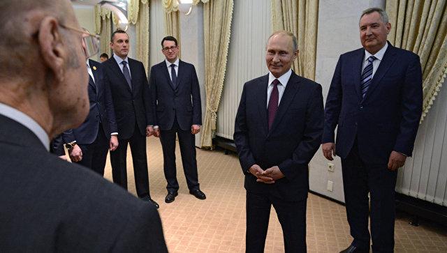 Военно-промышленная комиссия продолжит отстаивать интересы РФ, заявил Путин
