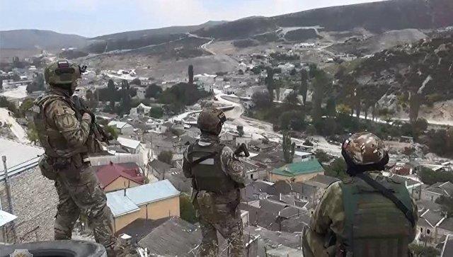Сотрудники правоохранительных органов в селе Губден Карабудахкентского района Дагестана. Архивное фото