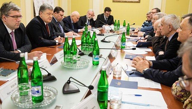 Порошенко усилит украинскую военную группировку вДонбассе