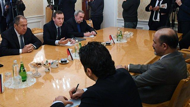 Москва обещала принять делегацию курдов напереговорах вСочи— Рейтер