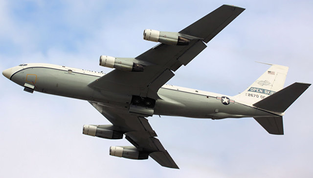 Самолет наблюдения США Boeing OC-135B Open Skies. Архивное фото