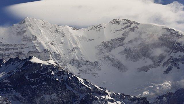 Две россиянки напротяжении недели терпят бедствие навершине горы вАргентине