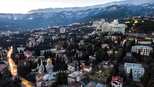 В Крыму заявили, что Киеву не удастся сдержать визиты иностранцев