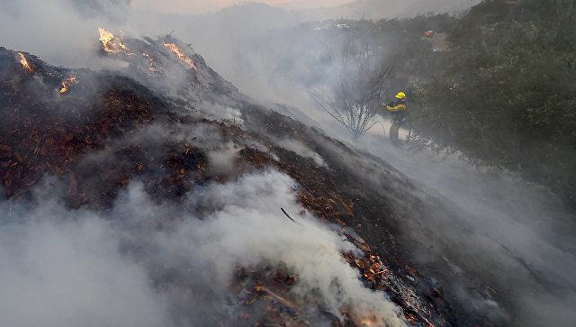Крупнейший в истории Калифорнии лесной пожар локализован