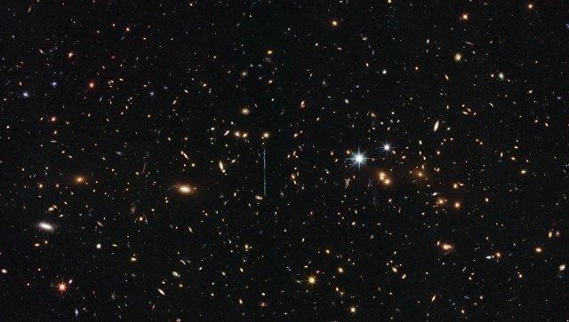"""""""Хаббл"""" взвесил самое тяжелое скопление галактик Вселенной"""
