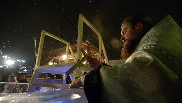 Дорожные службы Подмосковья обеспечат проезд ко всем купелям на Крещение