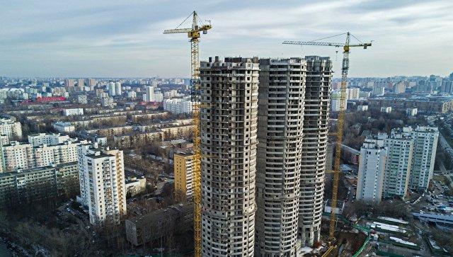 Строительство жилых домов на Профсоюзной улице в Москве. Архивное фото