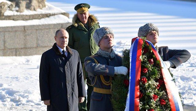 Путин: Российская Федерация недаст вобиду великие победы ветеранов