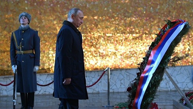 Путин призвал непроявлять малодушия иравняться наподвиги защитников Сталинграда