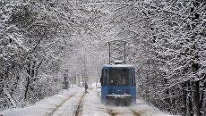 Трамвай в зимней Москве