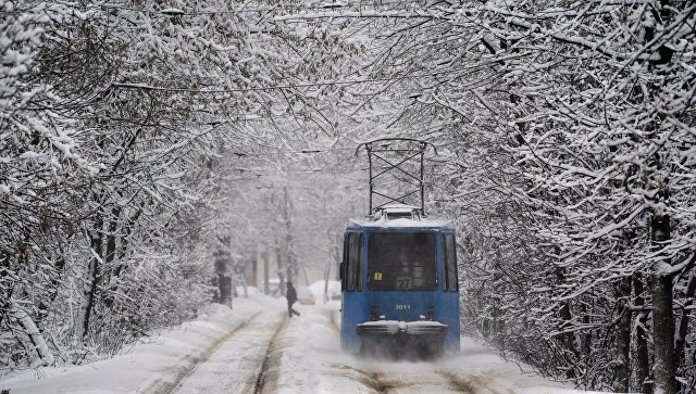 Трамвай в зимней Москве. Архивное фото