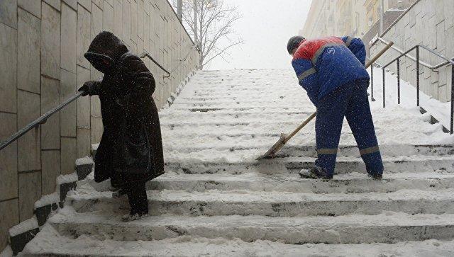 Неменее 15 тыс. граждан России остались без света из-за снегопада