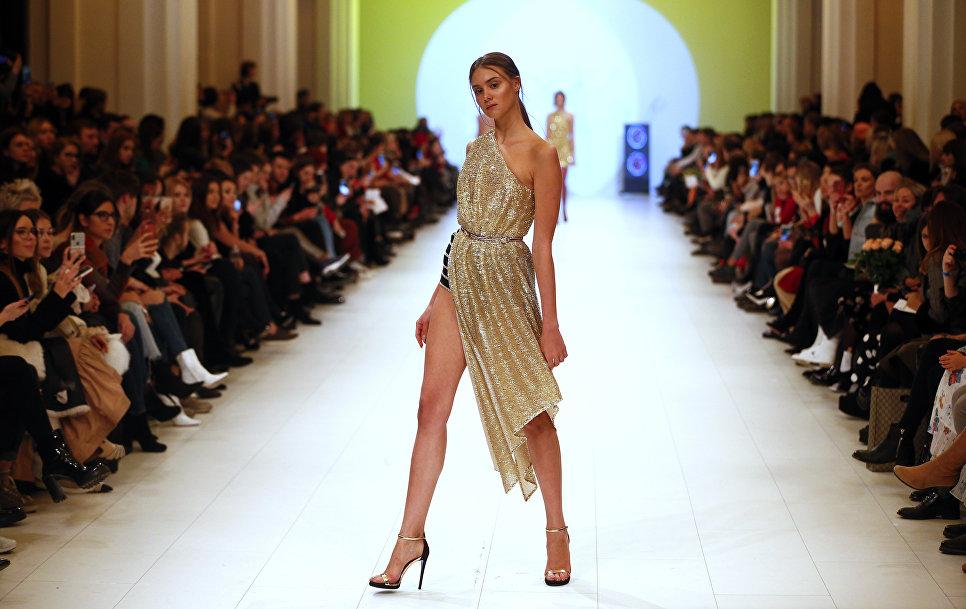 Показ коллекции Queens на Неделе моды в Киеве