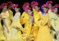 Модели на международной неделе моды фламенко в Севилье, Испания. 4 февраля 2018 года