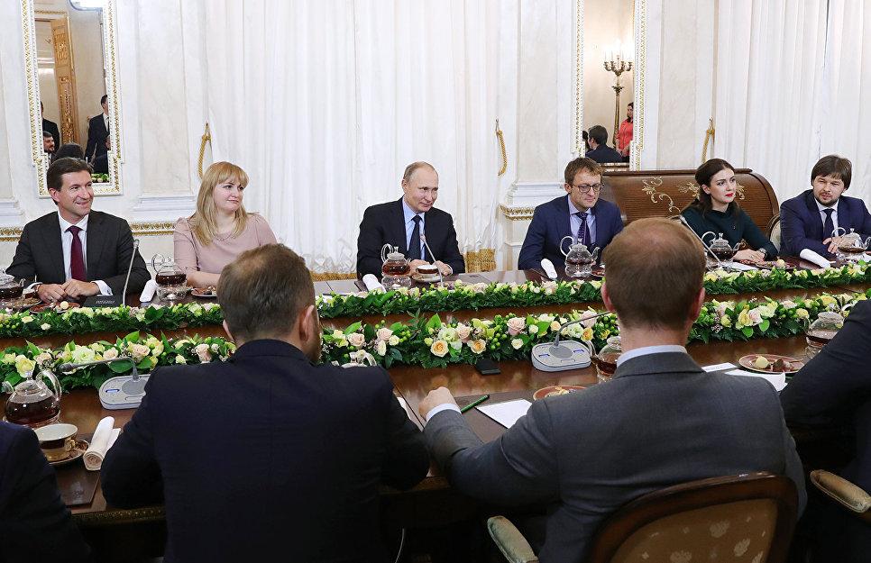 Благодаря Владимиру Путину участники конкурса «Лидеры России» получили новую работу
