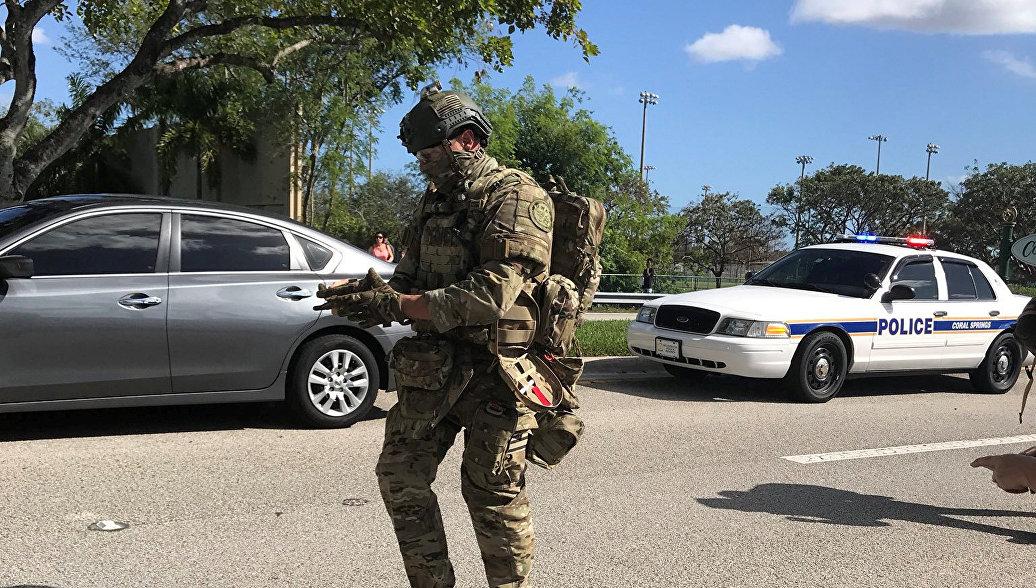Полиция подтвердила гибель 17 человек при стрельбе в школе во Флориде