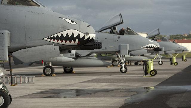 Самолеты A-10 II Thunderbolt ВВС США на авиабазе Лажеш на острове Терсейра, Португалия. Архивное фото