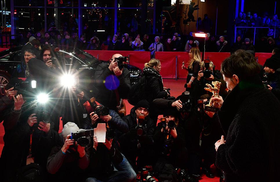 Режиссер Адина Пинтили на церемонии награждения 68-го Берлинского международного кинофестиваля Берлинале - 2018