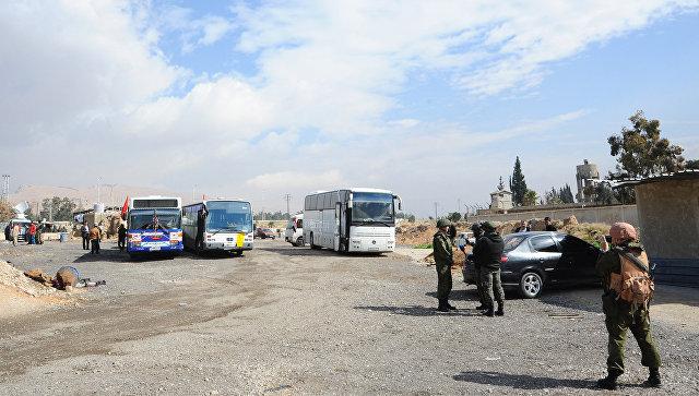 Район гуманитарного коридора в восточном пригороде Дамаска. 27 февраля 2018