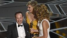 Лаура Дерн и Грета Гервиг получают Оскар. 05.03.18