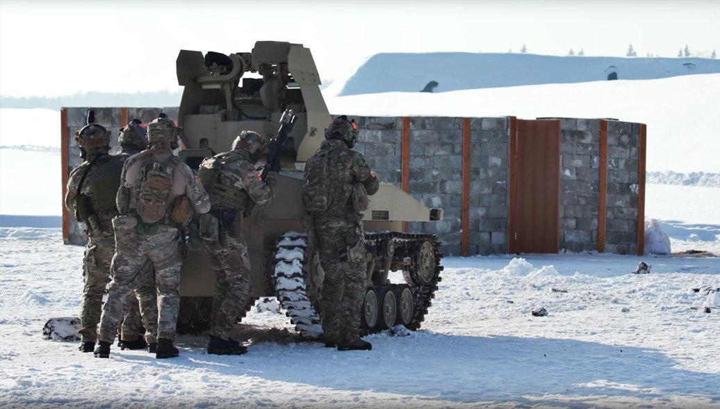 Роботизированный комплекс Соратник концерна Калашников во время зимних испытаний