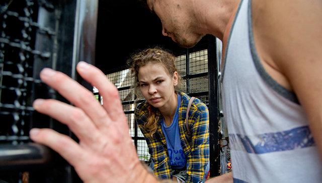 Анастасия Вашукевич и Александр Кириллов после задержания в Паттайе. Архивное фото