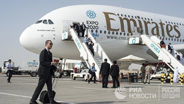 Самолёт компании Emirates в Дубае. Архивное фото