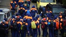 Сотрудники МЧС РФ во время поисково-спасательной операции по розыску девочки в Адлеровском районе Сочи