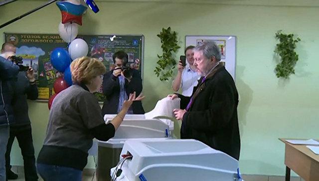 Григорий Явлинский проголосовал на выборах президента России