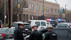 Полиция на месте стрельбы в школе Грейт-Миллс в американском штате Мэриленд. 20 марта 2018