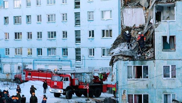 Многоквартирный жилой дом на улице Свердлова в Мурманске, пострадавший от взрыва бытового газа. 20 марта 2018