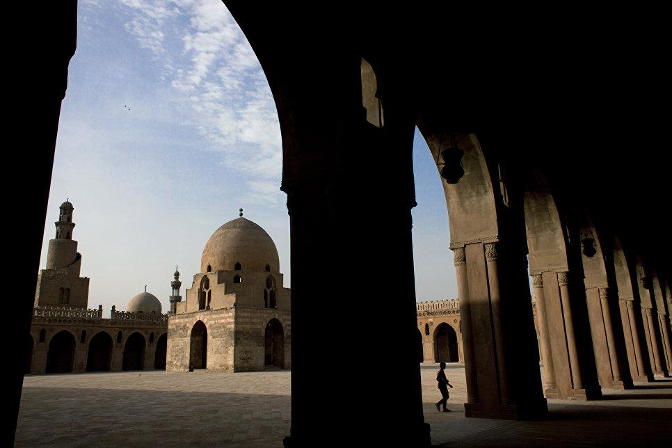 Мечеть Ибн Тулуна в Каире, Египет