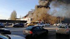 Кадры пожара на крыше бывшего ресторана в Самаре