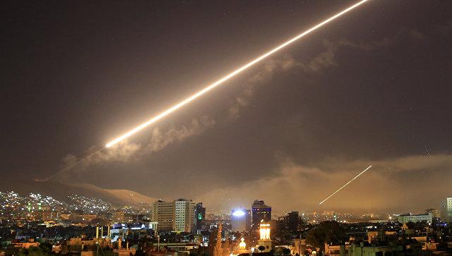 Граждане Дамаска вышли наулицы вподдержку Асада